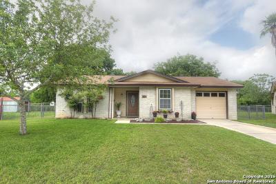 Schertz Single Family Home Active Option: 405 Sharon Ct
