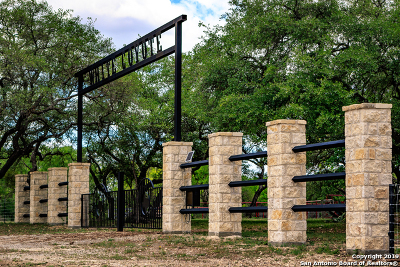 Uvalde Farm & Ranch For Sale: 16208 W Us Highway 90