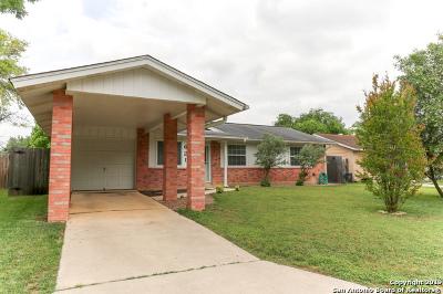 Schertz Single Family Home Active Option: 621 Marilyn Dr
