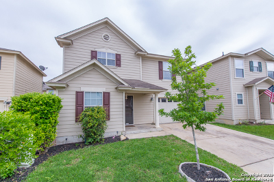 Boerne Single Family Home For Sale: 442 Hampton Cove