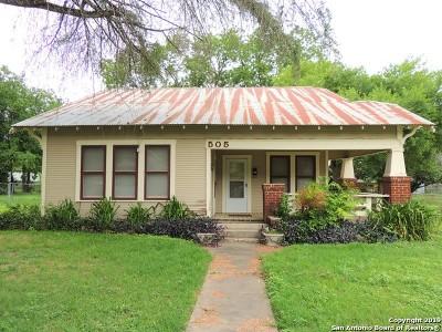 Schertz Single Family Home Active Option: 505 Curtiss St