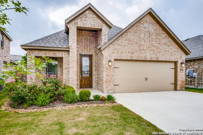 Boerne Single Family Home Active Option: 215 Maxwell Dr