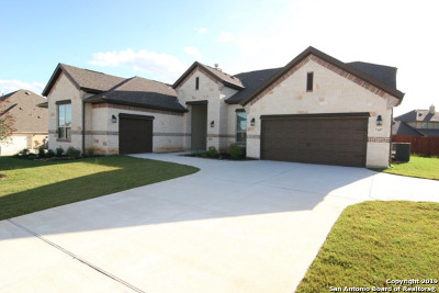 Schertz Single Family Home For Sale: 7107 Underwood Court