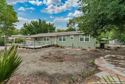 Seguin Single Family Home For Sale: 222 Patton Dr