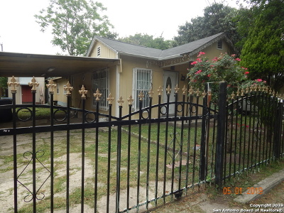 San Antonio Single Family Home For Sale: 202 W Zavalla