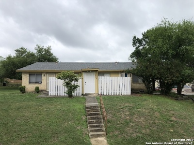 San Antonio Multi Family Home Active Option: 6502 Spring Branch St