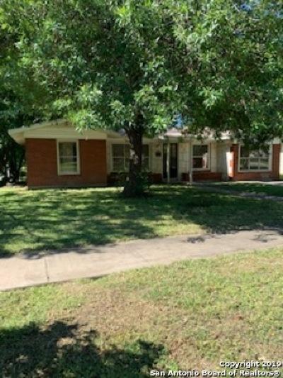 San Antonio Single Family Home Price Change: 518 Dawnview Ln