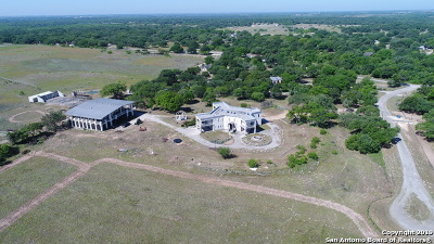 Atascosa County Single Family Home For Sale: 66 Ridgeline