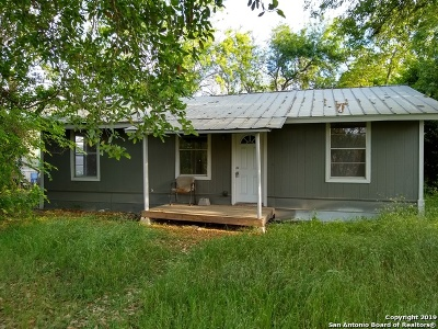 Hondo Single Family Home Price Change: 1603 15th St