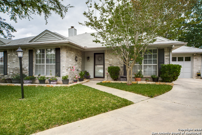 Schertz Single Family Home For Sale: 4004 Cypress Ct