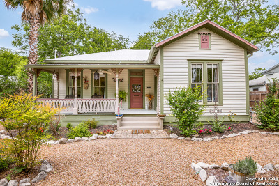 New Braunfels Single Family Home Active Option: 826 W Bridge St