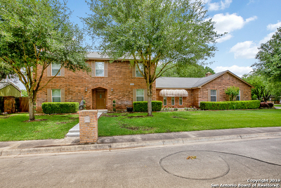 Seguin Single Family Home For Sale: 131 Oldtowne Rd