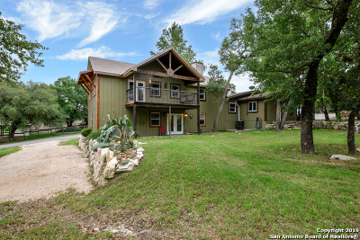 Canyon Lake Single Family Home Active Option: 102 W Outer Dr