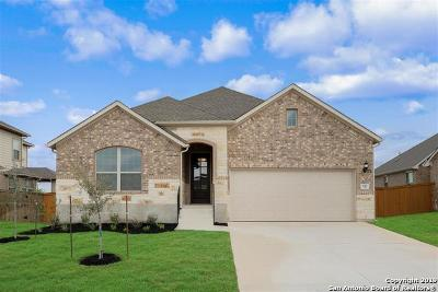 Cibolo Single Family Home For Sale: 833 Silver Fox