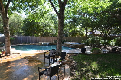 Schertz Single Family Home For Sale: 2913 Greenshire Dr