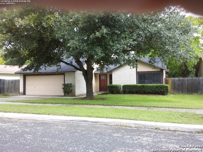 Single Family Home For Sale: 5951 Kissing Oak St