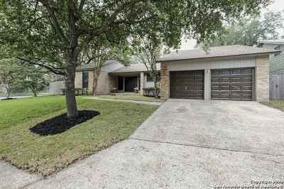 San Antonio Single Family Home Active Option: 6330 Bowman Ridge