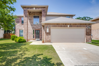 Boerne Single Family Home Active Option: 121 Winding Path