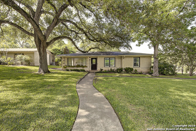 Terrell Hills Single Family Home For Sale: 151 Arvin Dr