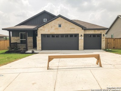 Schertz Single Family Home New: 6632 Bowie Cv