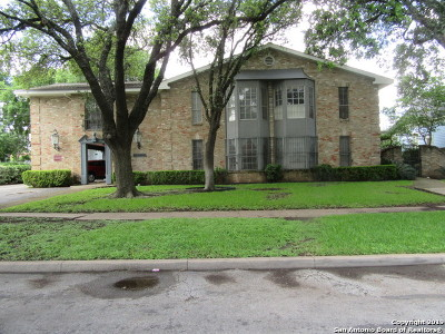 San Antonio Condo/Townhouse Back on Market: 211 W Mistletoe Ave #B
