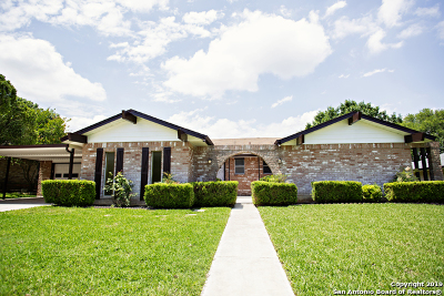 Schertz Single Family Home For Sale: 109 Howard Dr