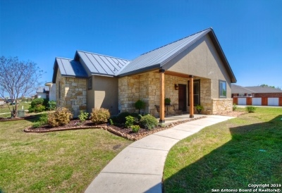 New Braunfels Single Family Home Price Change: 1666 Gruene Vineyard Crossing