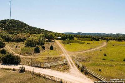 Bandera Farm & Ranch For Sale: 1028 Indian Creek Rd