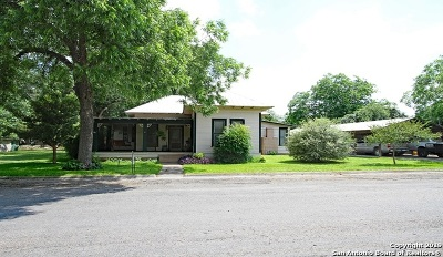 Hondo Single Family Home For Sale: 1203 25th St