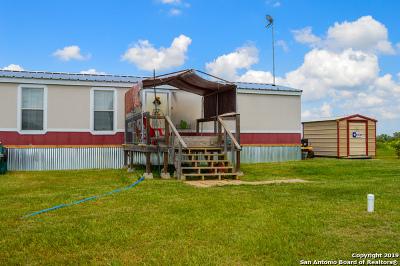 Seguin Single Family Home New: 2222 Jakes Colony Rd