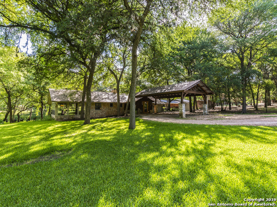 Wimberley Single Family Home New: 505 Deer Lake Rd