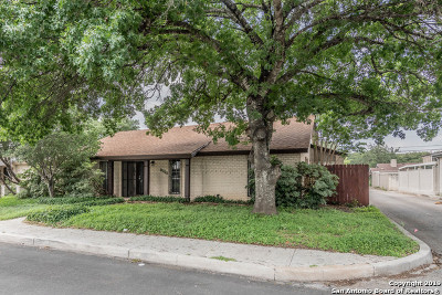 Windcrest Single Family Home For Sale: 8333 Windway Dr