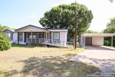 San Antonio Manufactured Home For Sale: 15115 Pioneer Valley