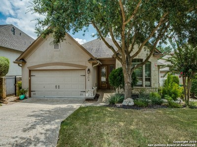 Heights At Stone Oak Single Family Home For Sale: 134 Garden Trace