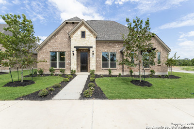 Single Family Home For Sale: 201 Champion Blvd