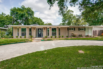 Single Family Home For Sale: 231 Ridgehaven Pl