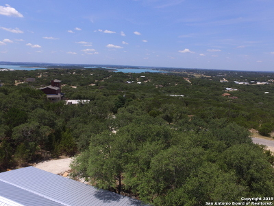 Canyon Lake Single Family Home For Sale: 138 Sitting Bull Trail