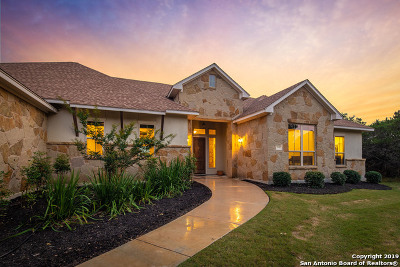 New Braunfels Single Family Home For Sale: 2537 Otter Way