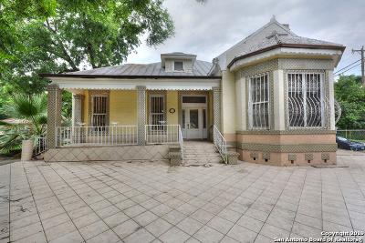 Multi Family Home For Sale: 302 Lavaca St