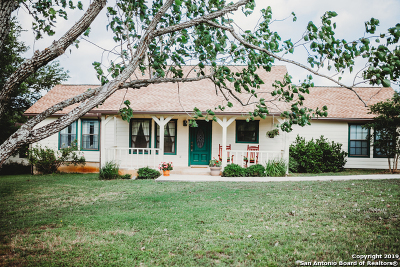 Boerne Single Family Home For Sale: 186 Seven Sisters Dr