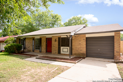 Live Oak Single Family Home Active Option: 11113 Lone Shadow Trail