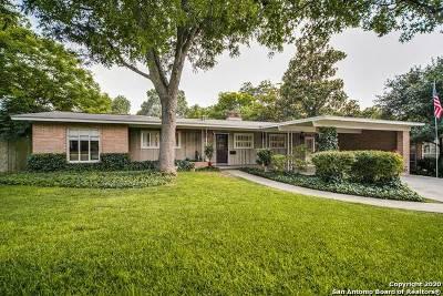Single Family Home For Sale: 122 Ridgehaven Pl