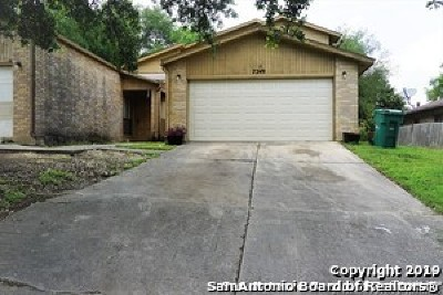 Live Oak Multi Family Home For Sale: 7247 Rimwood St