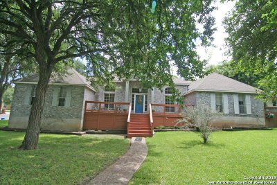 Castroville Single Family Home For Sale: 102 River Forest