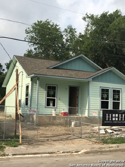 Single Family Home For Sale: 118 Stella