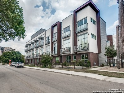 Tobin Hill Single Family Home For Sale: 1130 E Quincy St #3