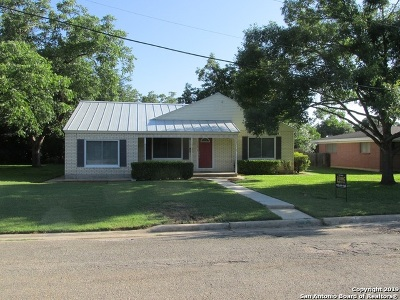 Hondo Single Family Home For Sale: 1102 24th St
