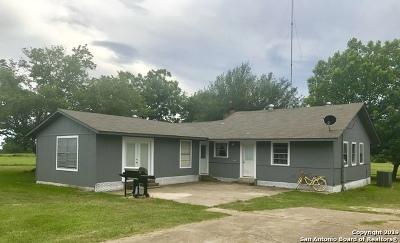 Atascosa County Single Family Home For Sale: 1196 Fm 3006