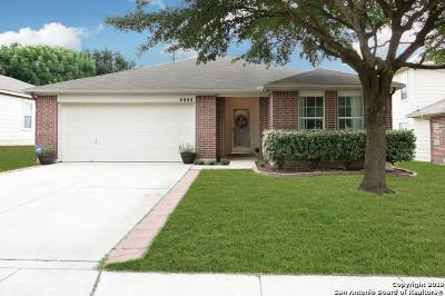 Schertz Single Family Home Active Option: 4044 Brook Hollow Dr
