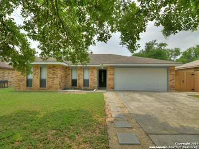 San Antonio Single Family Home Back on Market: 5807 Hidden Crest